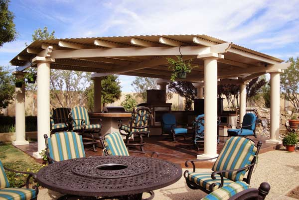 custom-pergola-blue-chairs