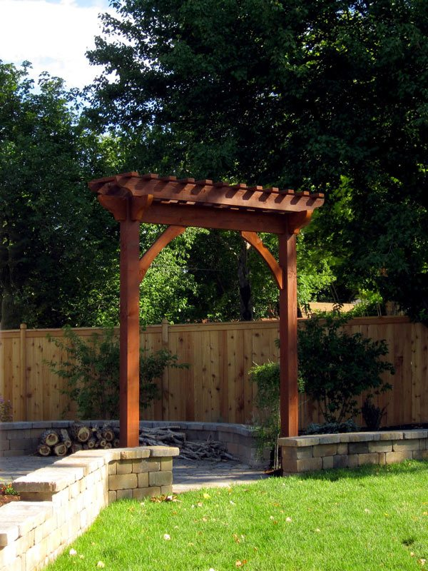 Arbor trellis easy winter landscape ideas dramatic for Timber garden arch designs