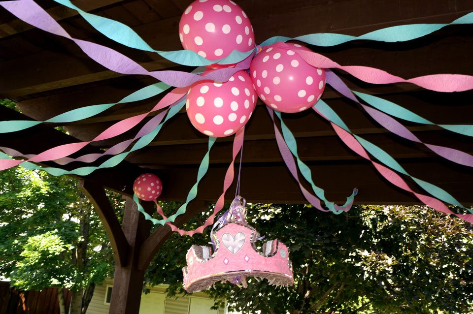 birthday balloons party crown ribbons pergola