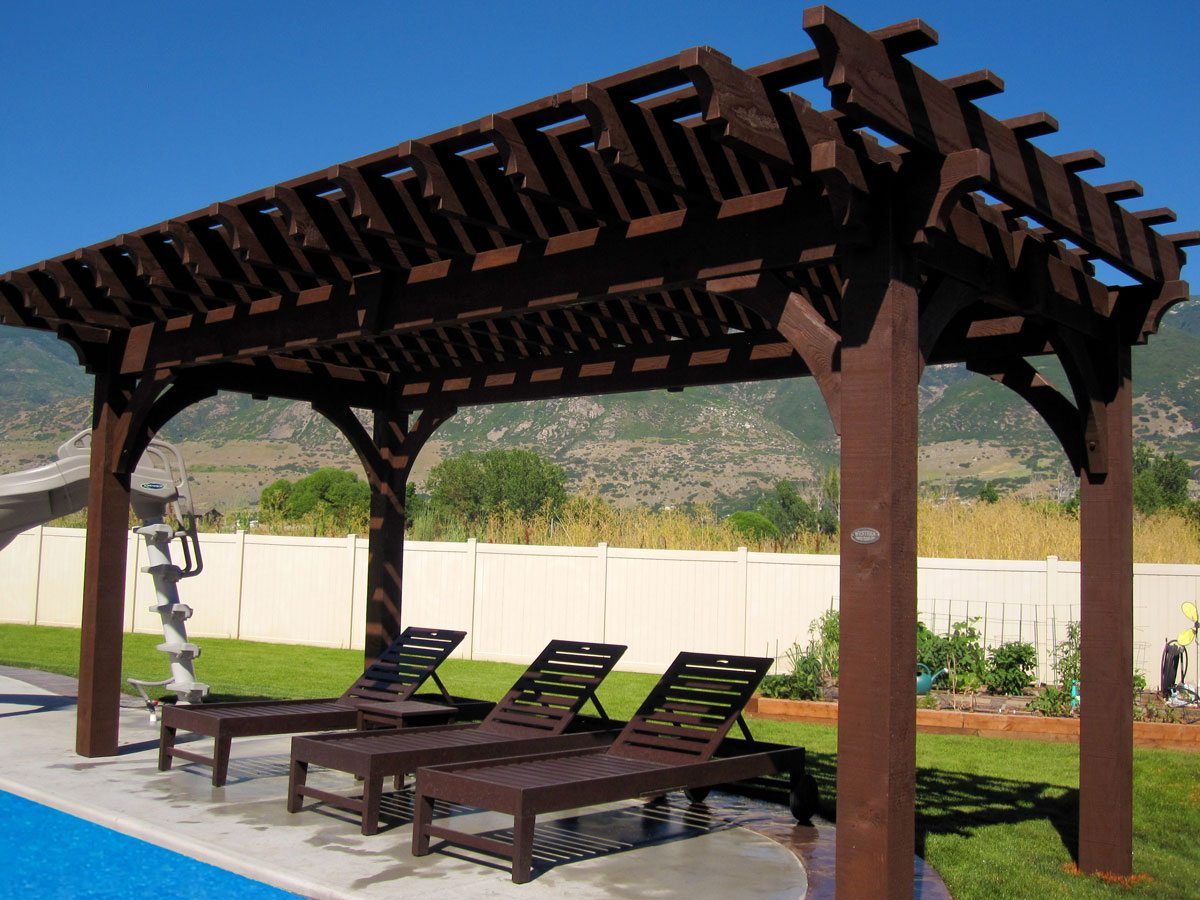timber frame pergola with swimming pool