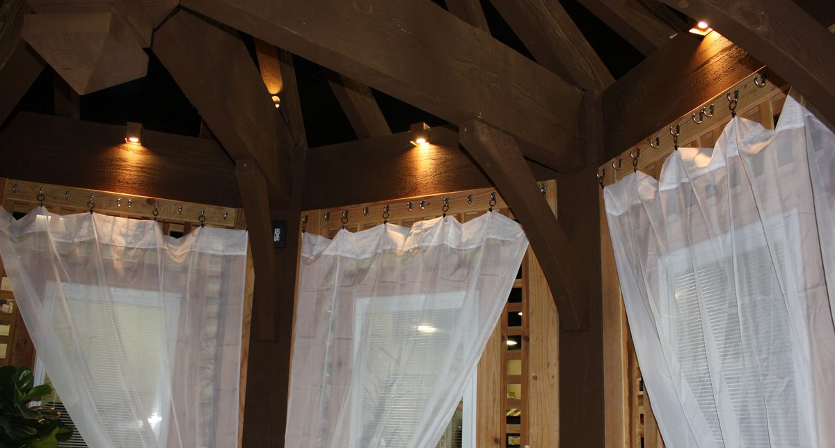 curtains-pergola