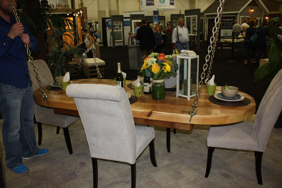 pergola-home-show-table