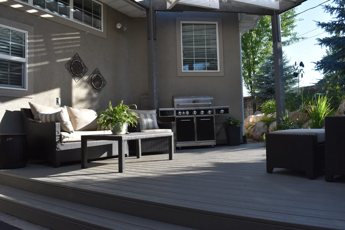 barbecue grill deck furniture