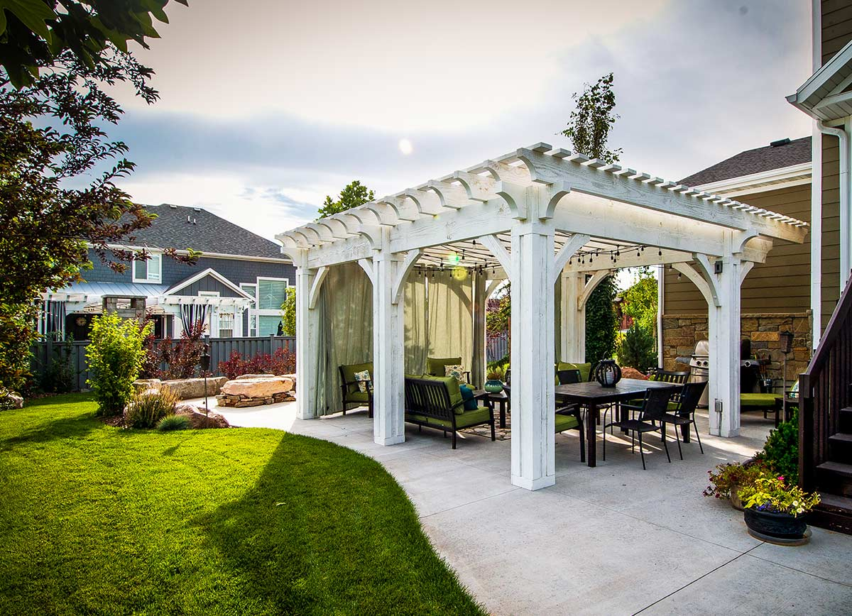 cutains timber frame pergola