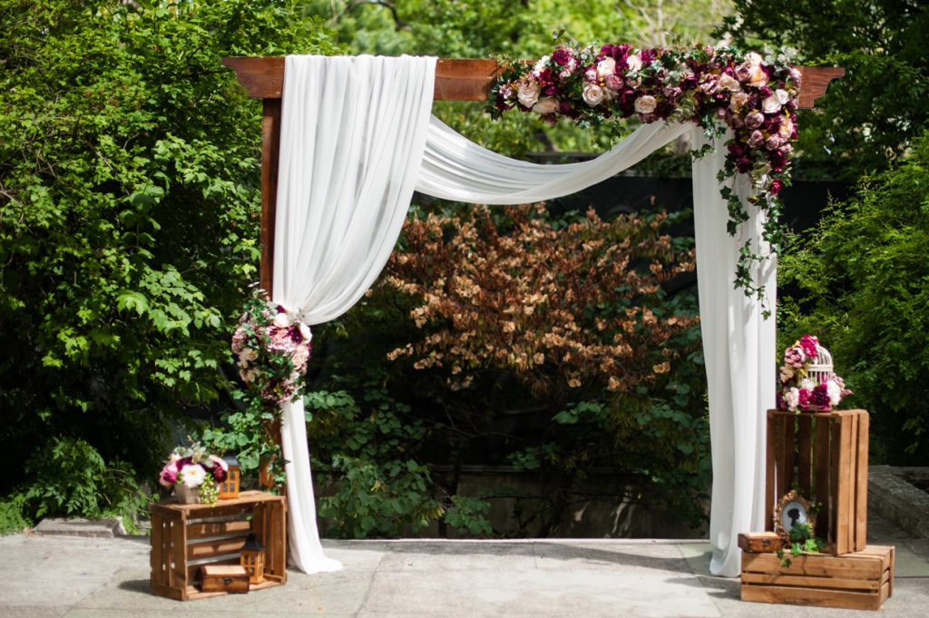 love it wedding arch arbor chuppah mandap more. Black Bedroom Furniture Sets. Home Design Ideas