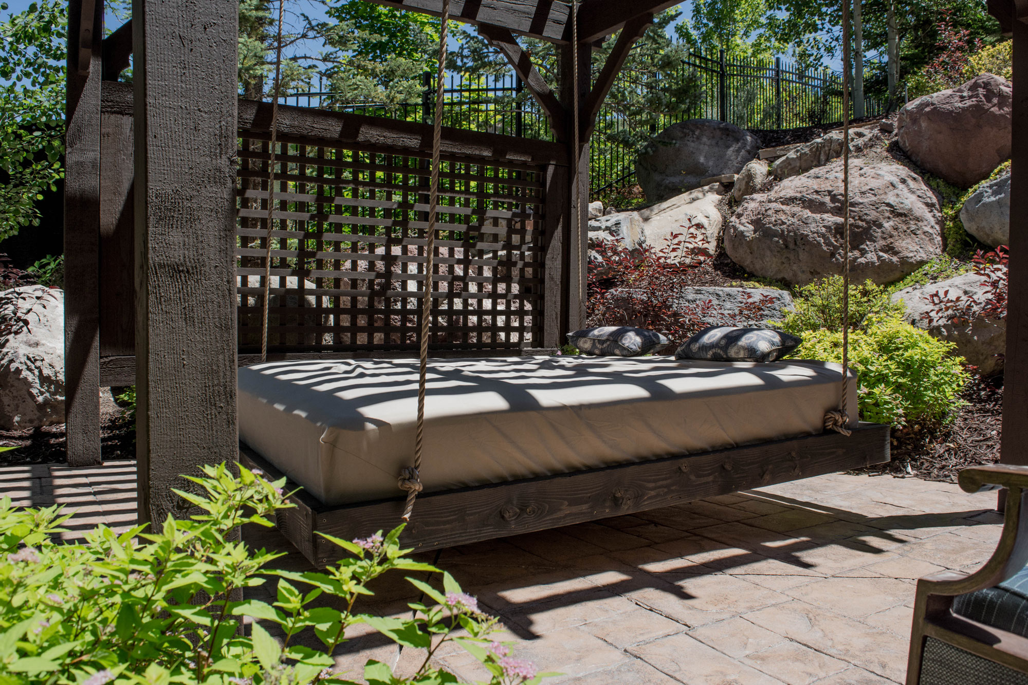 suspended bed pergola