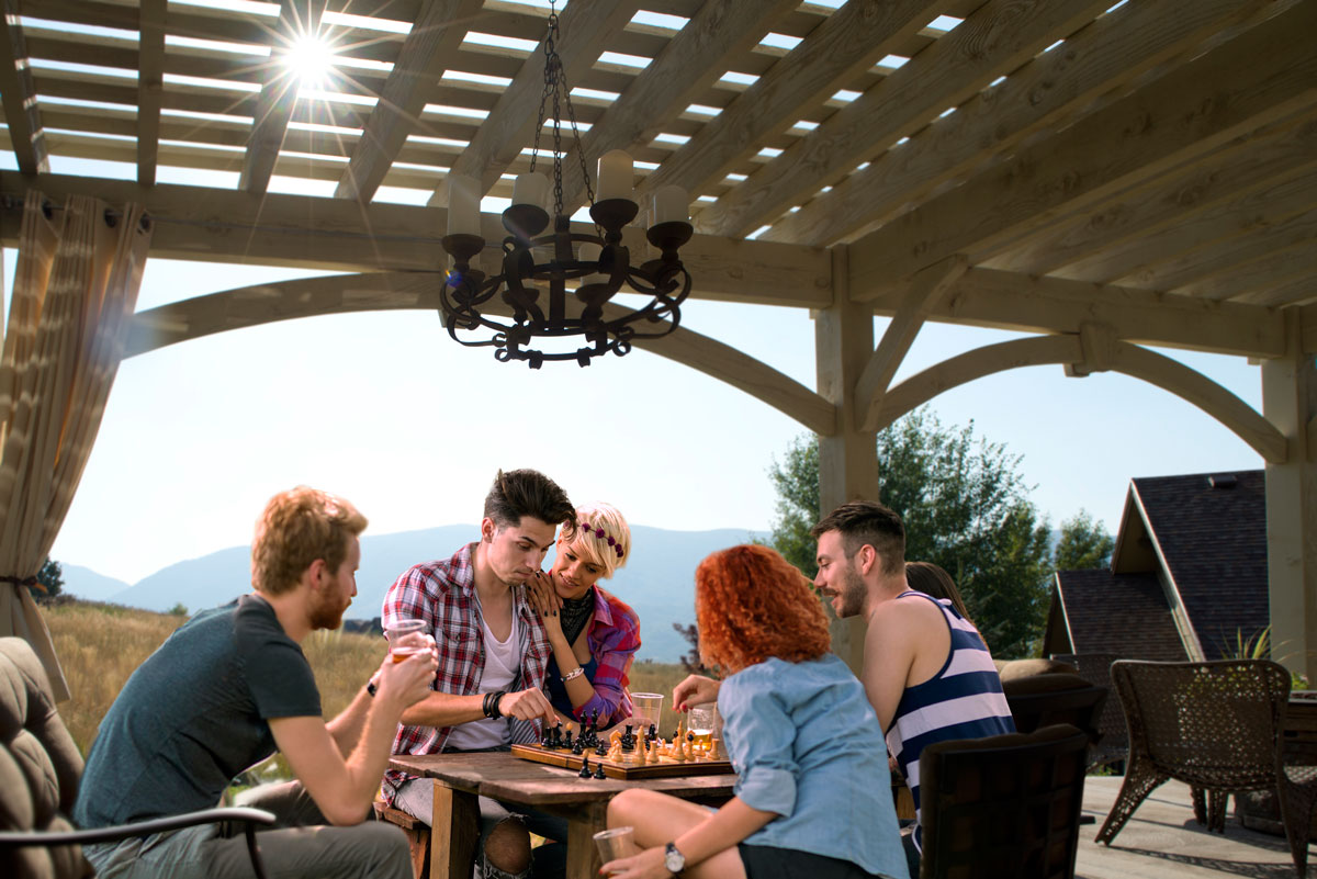 chess game pergola shade