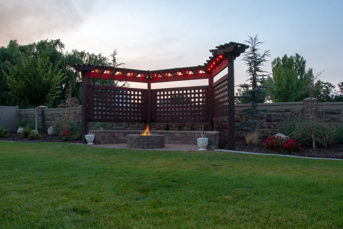 trellis lattices fire pit lights