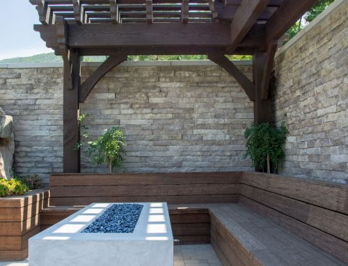 Stunning Swimming Pool Side Trellis w/firePit & Pergola