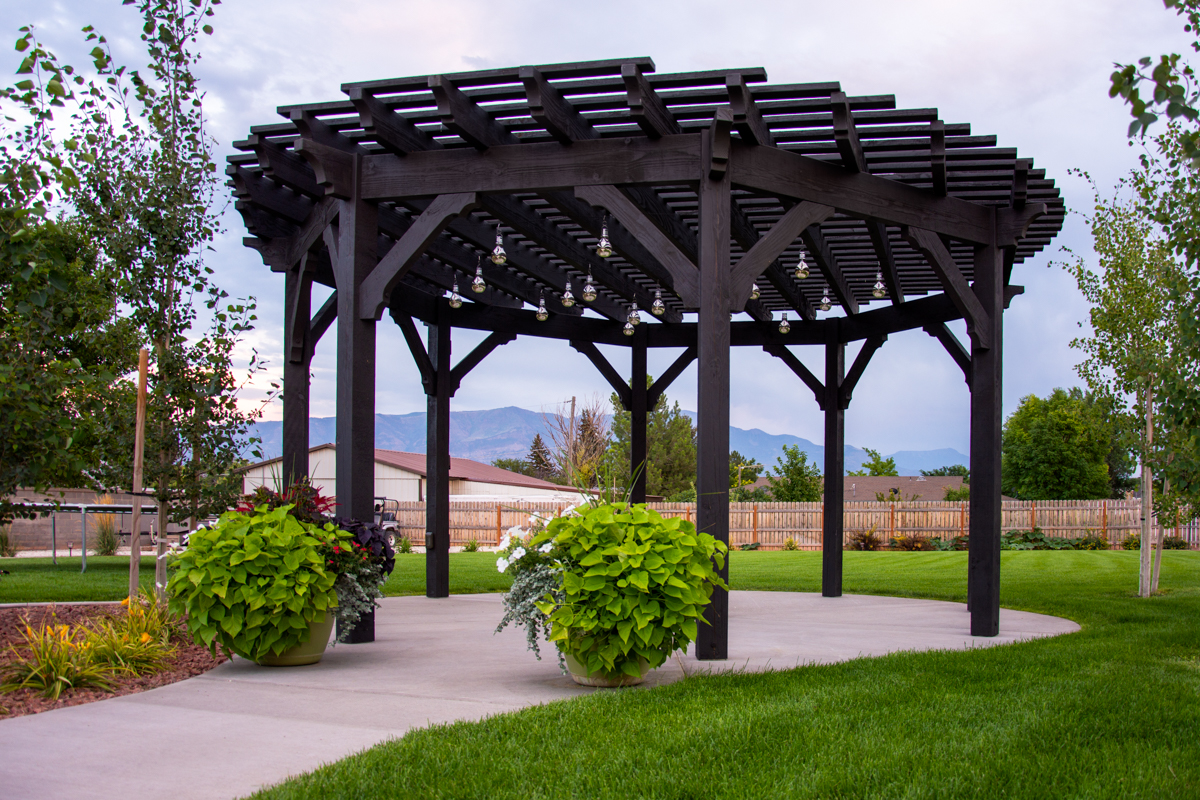 Round Radius Western Timber Frame