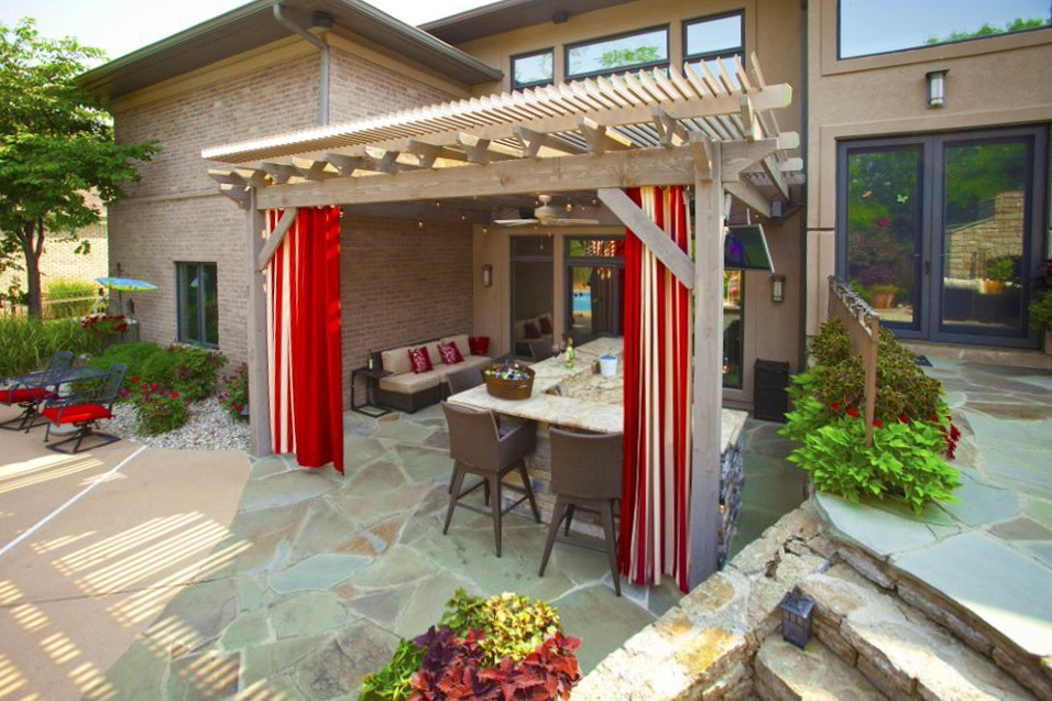 timber frame pergola tv