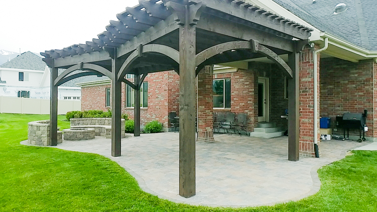 cross-angle roof pergola