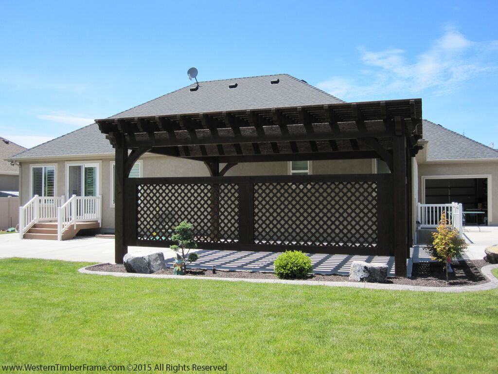 privacy wall pergola